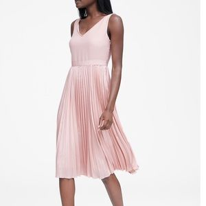 BR pleated dress perfect for a wedding